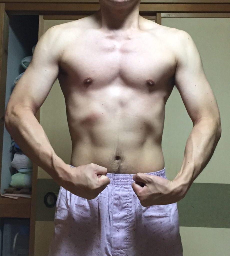 筋トレ後3ヶ月の写真